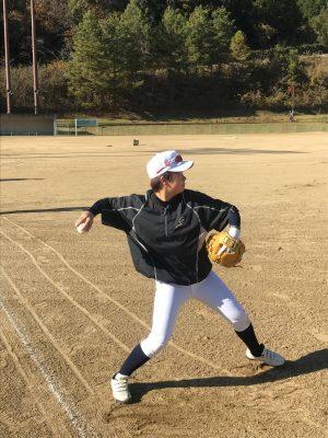 20161212_07女子硬式野球クラブチーム「和歌山ファイティングバーズNANA」の練習に参加する選手
