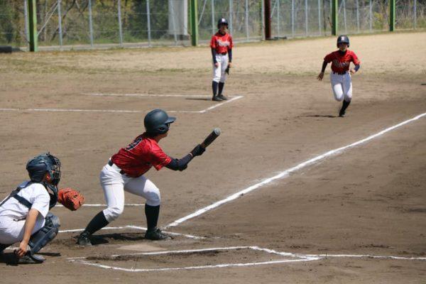 2021年4月12日の浪商高等学校女子硬式野球部さんとの練習試合の様子