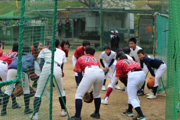 和歌山Reginaが参加した合同試合のようす
